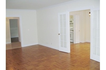 Space to Breath & Just Steps to the Park 2B 2bth $6200... No Fee
